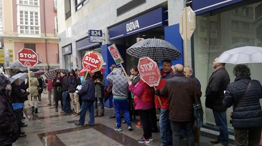 Photo of PAH Burgos se moviliza contra los secuestros del BBVA. #OcupaBBVA