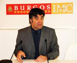 Photo of IU advierte del despilfarro que supone el viaje a Catar del Concejal Gómez.