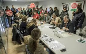 Photo of IU critica el desalojo del Ayuntamiento ocupada por la PAH